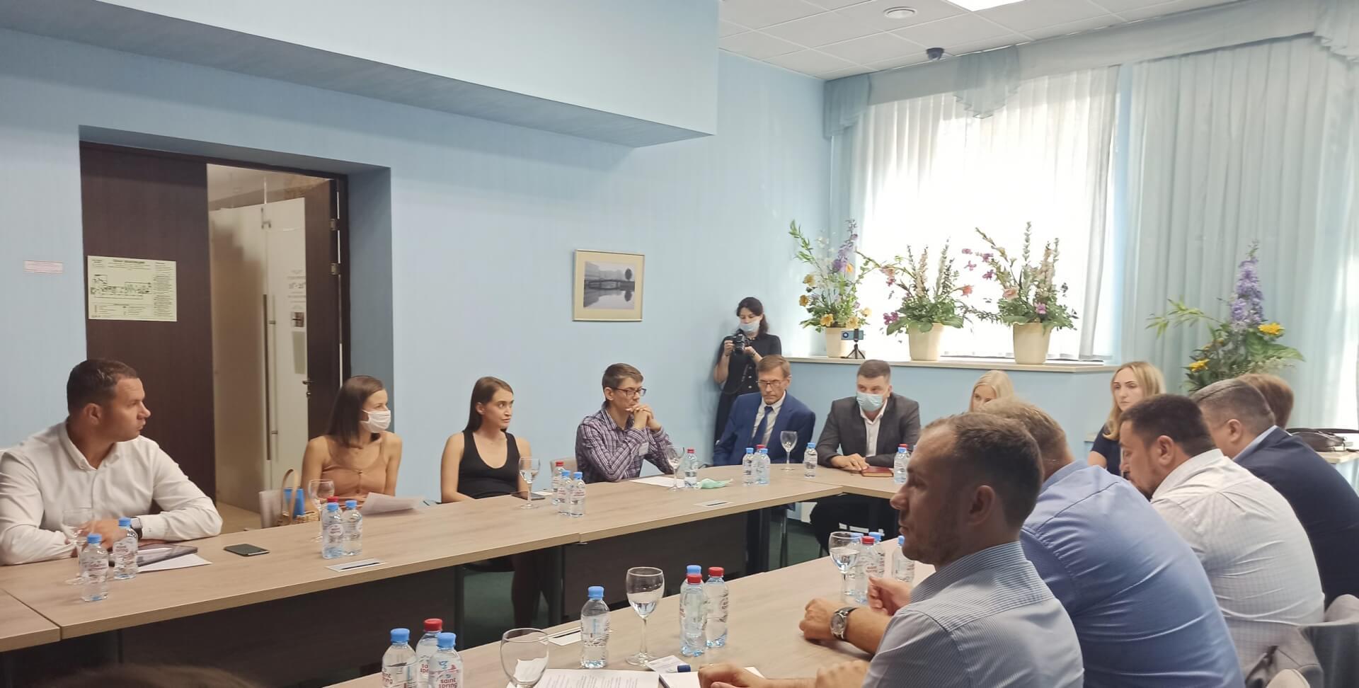 «ЮрФиИнвест» принял участие во встрече ломозаготовителей и властей Санкт-Петербурга. Эксперты обсудили отраслевые проблемы